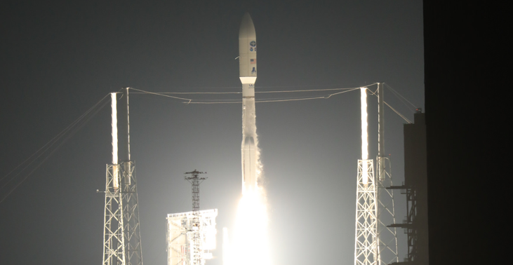 Photo of launching rocket containing the GOES-R sattelite