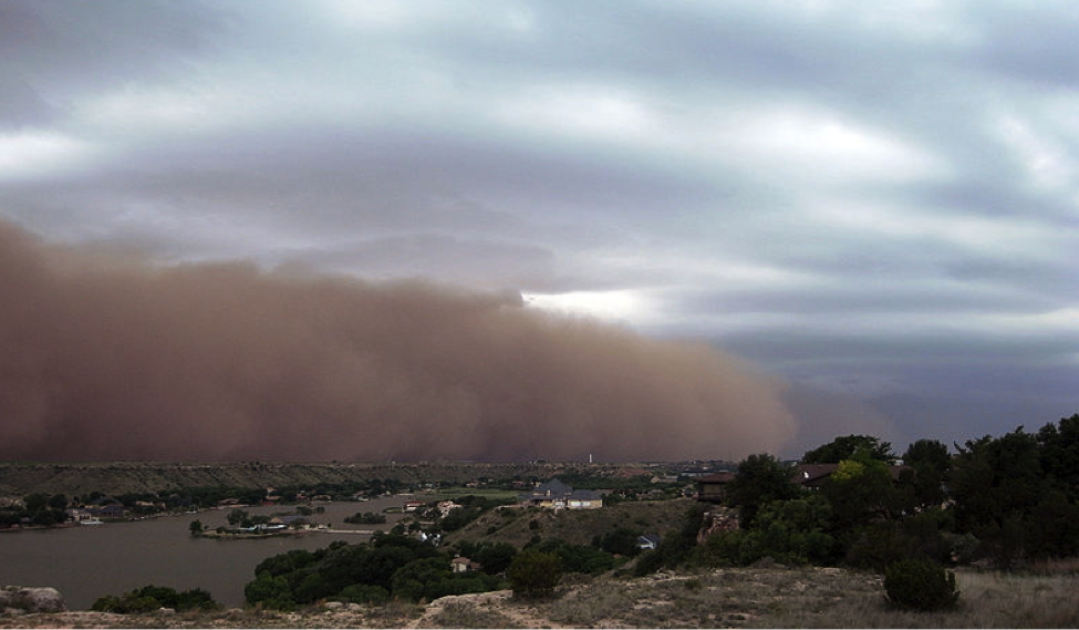 gust front dust cloud