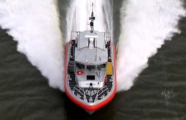 photograph of a Coast Gaurd rescue boat.